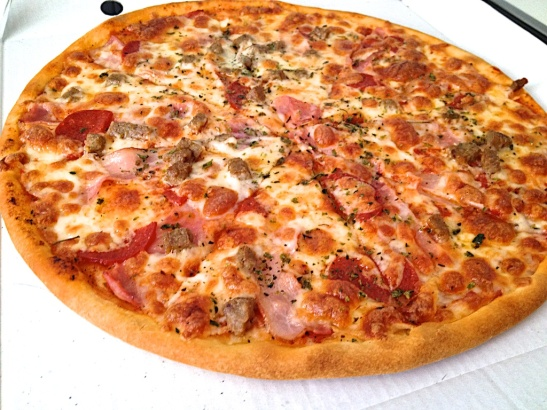 Canibal AlloPizza, Ham, pepperoni, beef and bacon
